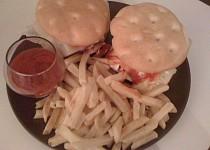 Bezlepkový sojový burger