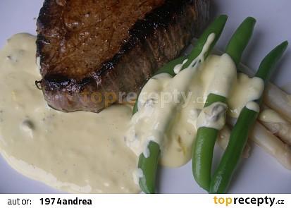 Marinovaný steak s kaparovou omáčkou