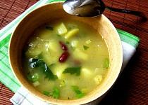 Ovarová polévka s bramborami a fazolemi