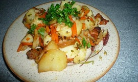 Ryba s bramborami a zeleninkou z remosky