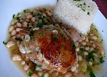Tymiánové kuře na víně a bílých fazolích