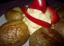 Pečené brambory s vlastním ochuceným máslem