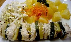 Dietní kuřecí špíz se zeleninou vařený v páře