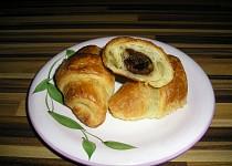 Domácí máslový croissant