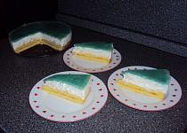 Jogurtovo-ananasový dort