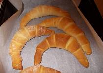 Hotové croissanty z plechovky
