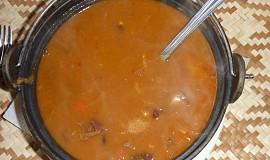 Zelňačka s fazolemi a klobásou