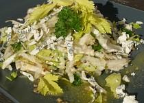 Celerovo hruškový salát s nivou
