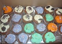 Čokoládové muffiny s vanilkovým krémem