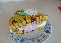 Skořicový roládový dortík