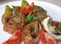 Žampiony v orientálním těstíčku se zázvorovými brambory