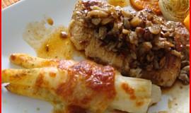 Grilované chřestové balíčky s mozzarellou