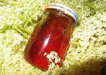 Med ( sirup ) z květů černého bezu