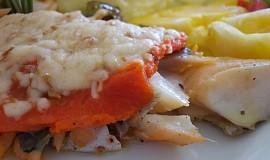 Candát zapečený s uzeným sýrem a uzeným lososem