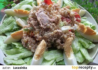 Tuňákový salát s kuskusem