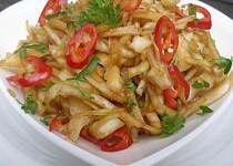 Asijský pikantní zelný salát