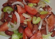 Fazolový salát s rapíkatým celerem