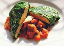 Kuřecí vmangoldu se zeleninovým ratatouille