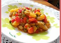 Pikantní kuřecí paella z brambor