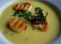 Rohlíková polévka