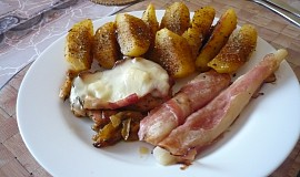 Kuřecí plátek Gyros se slaninou s sýrem