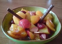 Ovocný salát s chutí zeleného čaje