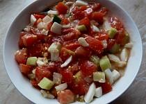 Rajčatový salát pikantní