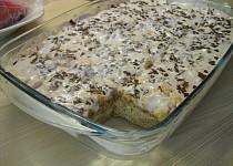 Rychlý koláč s broskvemi a tvarohem