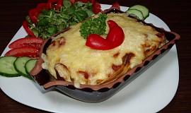 Špagety zapečené s lečem a sýrem