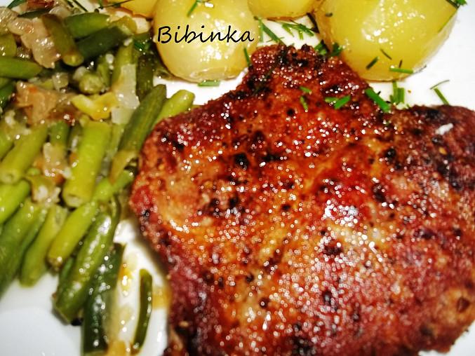 Zlatý krkovičkový steak s fazolkami, Dobrou chuť!