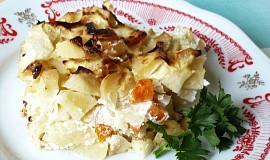 Gratinované brambory s cuketou a mrkví