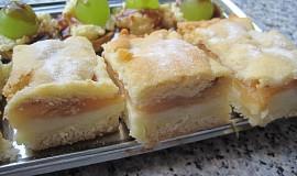 Jablečné řezy s pudinkem