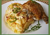 Zapékané brambory se slaninou a sýrem