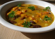 Dýňová polévka s fazolemi