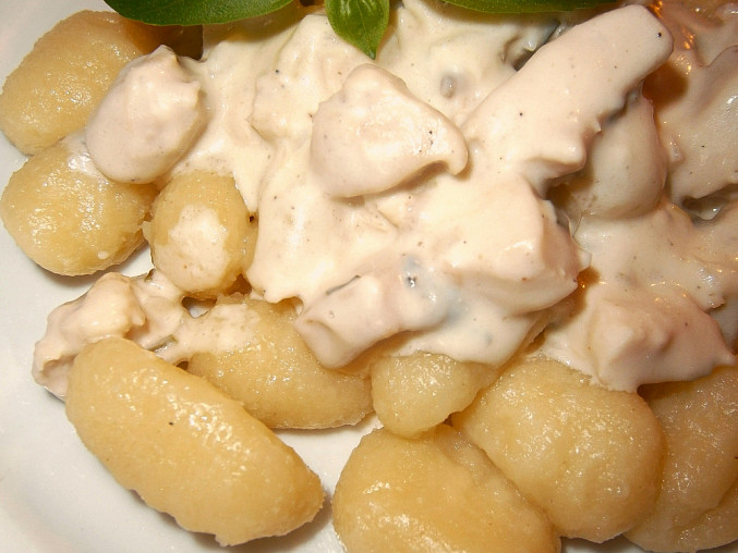 Gnocchi se sýrovou omáčkou