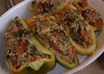 Quinoa s houbami ( václavkami) zapečená v paprice
