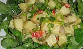 Bramborový salát s pečenými paprikami