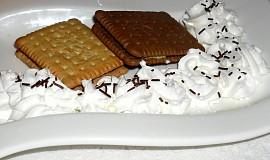 Marshmallow sandwich
