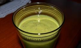 Kiwi smoothie s avokádem
