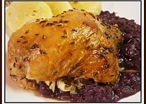 Kuře s rozmarýnkovým nádechem, v máslovém sosíku