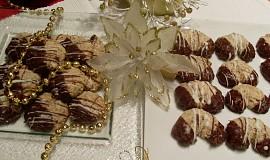 Ořechové rohlíčky nebo kolečka