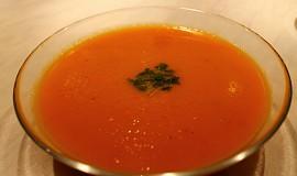 Jednoduchá mrkvová polévka se zázvorem - výborná na zimu