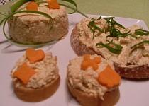 Sýrová pomazánka s mrkví a celerem