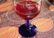 Vánoční bezinkové víno