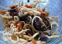 Asijské nudle se zeleninou