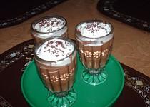"""Horký """"čokoládový pudink""""  s  rumem a skořicí"""