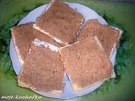 poskládaný chleba