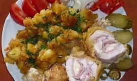 Kuřecí kapsa s oprančenými bramborami