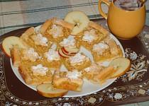 """""""Kytičkové """" jablečné řezy"""