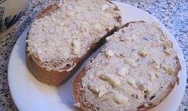 Rybičková pomazánka s pomazánkovým máslem